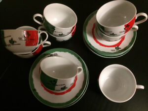 8 Italy themed cappuccino cups with saucers