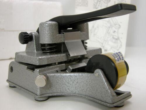 NEW Professional CATOZZO 16MM FILM SPLICER W/Inst & Splicing Tape Latest & Best