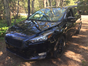 2016 Ford Focus Black Hatchback