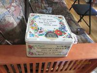Vintage Carrs of Carlisle COOKIE TIN Made England -Needlepoint