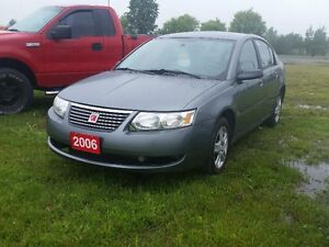 Ray Roy's Auto - 2006 Saturn Ion 137 kms.