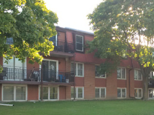 Two Bedroom Apartment for Rent $1075+ Hydro