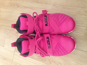 Pink Lebron Basketball Shoes