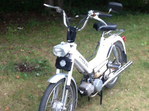 1978 Bombardier/Puch Maxi S moped