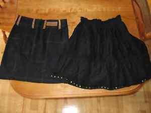 Lot de 18 pantalons/bermudas/jupes/capris