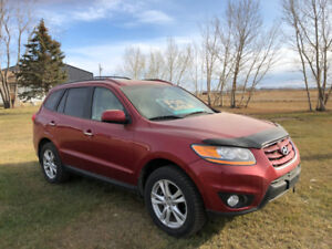 2010 Hyundai Sante Fe LTD. Ready for Winter with New Snow Tires