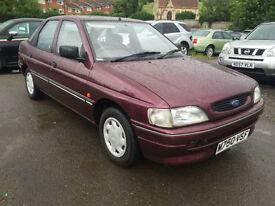 Ford Escort 1.6 ( 89bhp ) Sapphire Ltd Edn - 1995 M