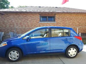 Used 2009 Nissan  Versa Hatchback 8 SL SVT