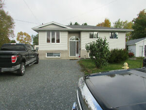 Beautiful home in prime Val Caron location