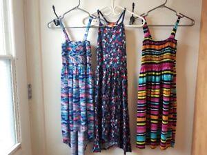 Lot de vêtements de qualité Xsmall et Small pour femmes