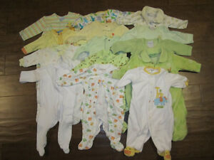 Lot of Gender Neutral Baby Clothes - 45 items