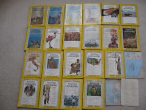 NATIONAL GEOGRAPHIC VINTAGE MAGAZINES 21 IN ALL