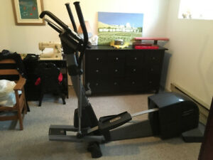Exerciseur Elliptique Pro-Form 1280S