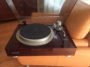 Pioneer PL-70 high end turntable with long tonearm