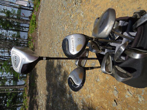 Nike golf bag with clubs