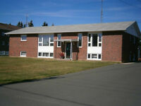 Bloc appartements (4 loyers) Tracadie-Sheila N.B.