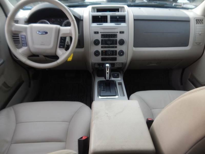 Image 2 Voiture American used Ford Escape 2008