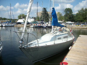 28 Foot C&C Yachts Viking