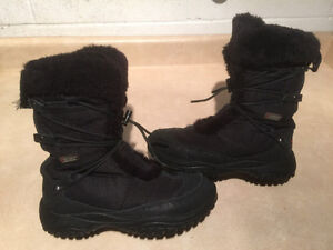 Women's Baffin Polar Proven Winter Boots Size 7