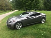 Absolutely mint 2011 Genesis coupe only 32 000km