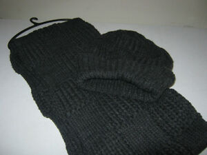 NEW Adult knitted hat and scarf