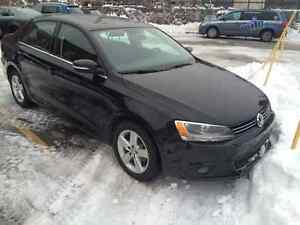 2011 Volkswagen Jetta Highline Sedan LOW KM