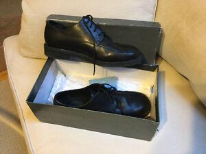 Rockport men's dress shoes 8 1/2 worn once