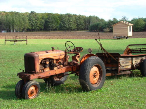 Antique Tractors: The Rules of the Road