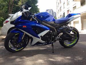 Super Clean 2008 Suzuki GSXR600 White/Blue