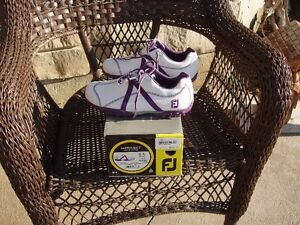NEW LADIES FOOTJOY GOLF SHOES