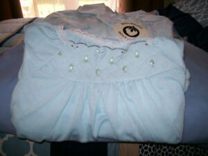 Ladies Full Length Night Gowns Size Large (Never Worn)