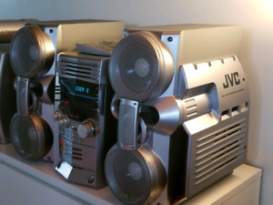 Chaine Audio HXZ3 JVC stereo system