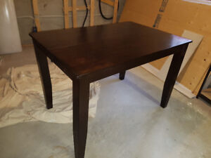 Espresso dining table and 4 chairs with leaf