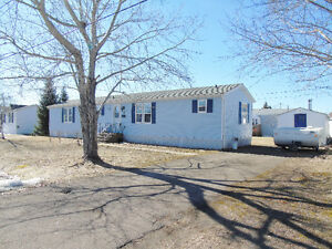 OPEN HOUSE MAY 7TH 2016 2 TO 4 Mini Home for sale / à vendre