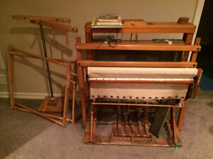 Floor Loom, warping mill and accessories