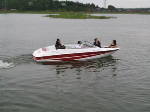Boat for sale(excellant shpe)about 100hrs on rebuilt motor