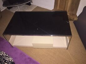 Stunning tv unit / coffee table in stone/taupe and black