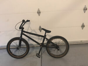 Haro BMX Bike black on black 20.5""