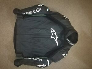 Alpinestar Gp pro leather jacket (only wearing two times)