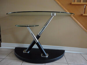 MAGNUSSEN MODESTO SWIVEL TWO TIER GLASS TABLE London Ontario image 1