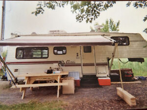 Roulotte Corsair 24 pieds fifth wheel