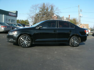 2013 Volkswagen Jetta 2.5 : Only 109Kms,Auto, Leather, Roof.