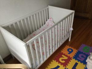 Sundvik crib & mattress