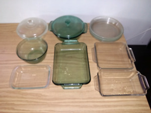 11 GLASS CASSEROLE DISHES