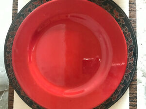 Pier one red dinner plates/red & black decorative charger plates
