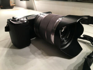 Sony NEX-5N 16.1MP - Great Condition! MUST SEE!