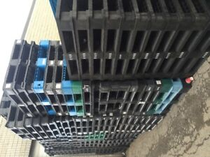 large quantity plastic pallet buy & sell, 905-670-9049