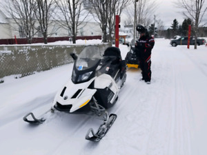 Ski doo Grand Touring