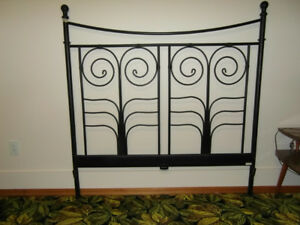 Attractive Metal Headboard for Double Bed