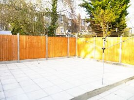 4 DOUBLE bedroom PATIO and SEPARATE LOUNGE property in TURNPIKE Lane - 3 BATHROOMS